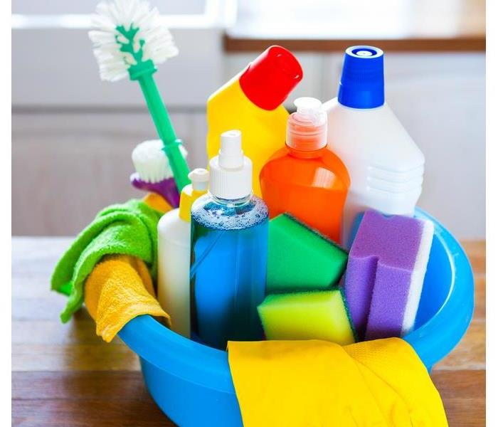 Cleaning Choose Green for Your Spring Cleaning